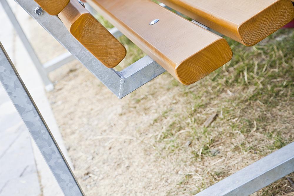 Park bench Monika