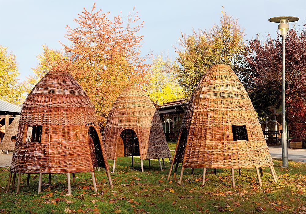 Wicker huts, 3 pcs.