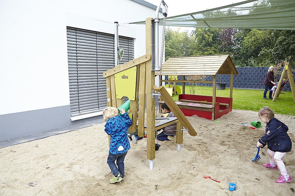 sand building site Little Woodpecker